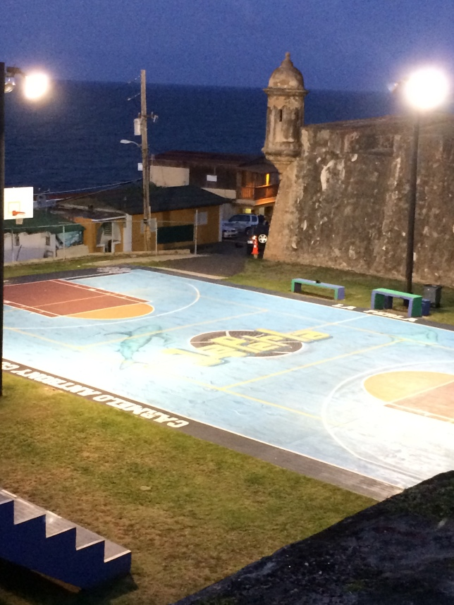 Carmelo Anthony court, La Perla, San Juan