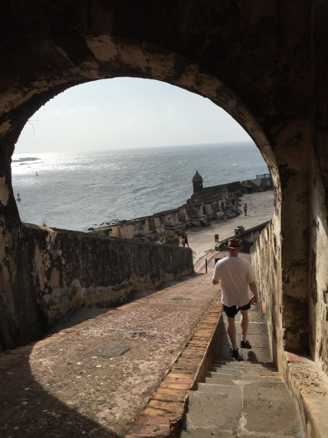 Castillo San Felipe del Murro, stairs down from upper level