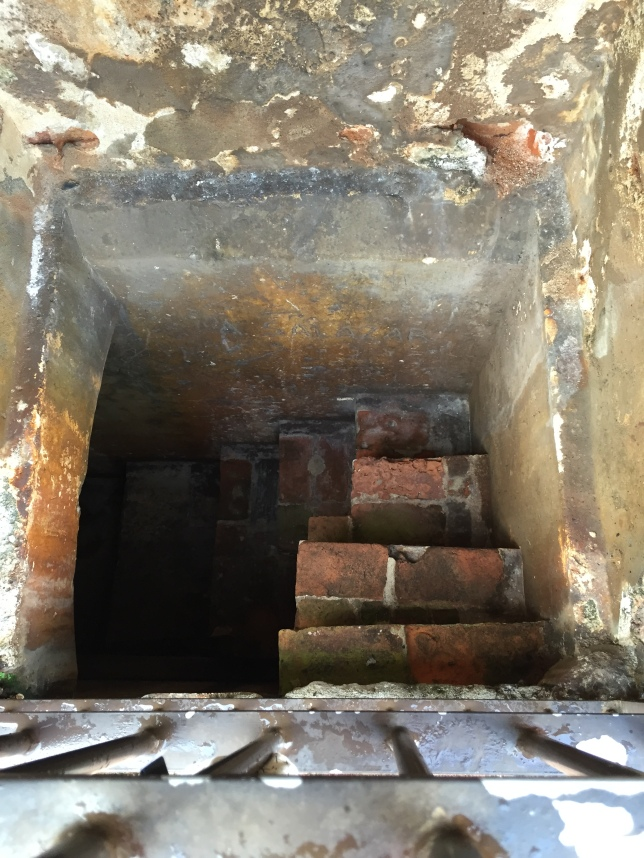 Castillo San Felipe del Murro, tiny square-spiral staircase